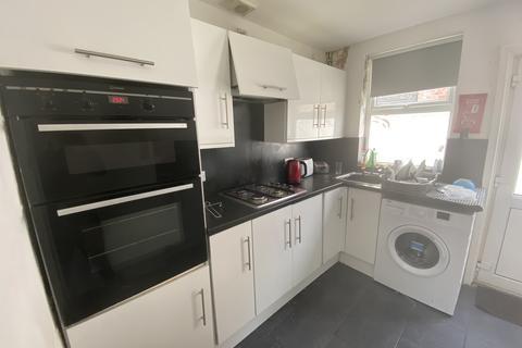 3 bedroom terraced house to rent - Alderson Road, Liverpool