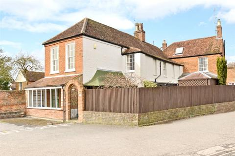 3 bedroom end of terrace house for sale - Silver Street, Newport Pagnell, Buckinghamshire, MK16