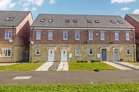 3 bedroom townhouse for sale - Klondyke Walk, Blaydon, Blaydon-on-Tyne, Tyne and wear, NE21 4FG