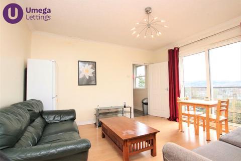 3 bedroom flat to rent - St Johns Road, Corstorphine, Edinburgh, EH12