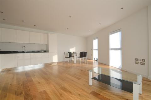 1 bedroom apartment to rent - Boleyn Road, London, N16