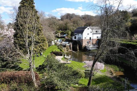 5 bedroom detached house for sale - Reigate Road, Dorking, Surrey, RH4