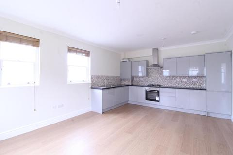 3 bedroom flat to rent - New Wanstead, WANSTEAD, WANSTEAD, E11