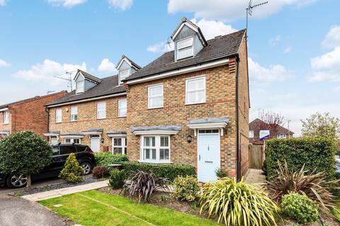 3 bedroom semi-detached house for sale - Forest Mews, Horsham, RH12