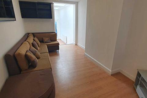 2 bedroom flat to rent - City Road, Cardiff