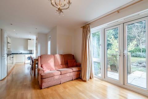 2 bedroom ground floor flat for sale - Chesham Road, Amersham