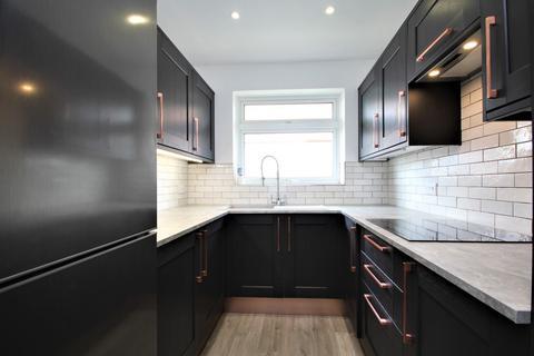 1 bedroom flat to rent - Swan Lodge, Old Salts Farm Road, BN15