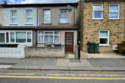 2 bedroom detached house to rent - Walthamstow E17 5RH