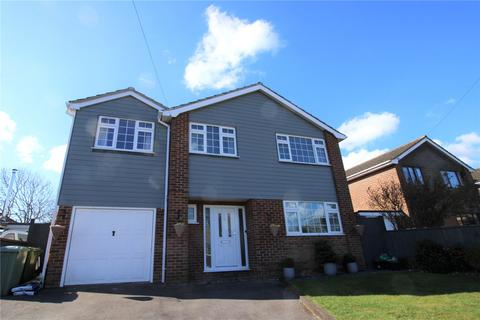 4 bedroom detached house for sale - Lynric Close, Barton on Sea, New Milton, BH25