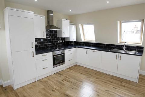 4 bedroom maisonette to rent - Collingbourne Road, Shepherd's Bush W12