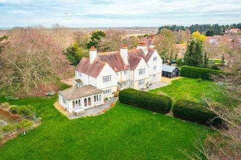 9 bedroom detached house for sale - Brancaster