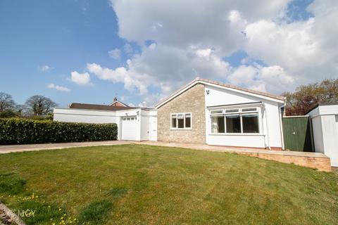 3 bedroom detached bungalow to rent - Hazel Tree Close, Radyr