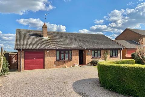 3 bedroom detached bungalow for sale - Dowsdale Bank, Shepeau Stow