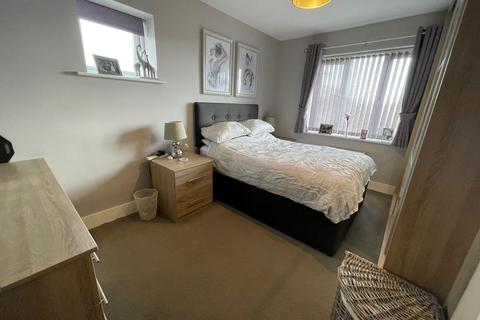 4 bedroom house share to rent - Mount Terrace , London