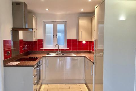 1 bedroom apartment to rent - Church Road, Addlestone