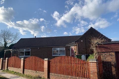 2 bedroom detached bungalow for sale - Richardson Lane , Newlands Road