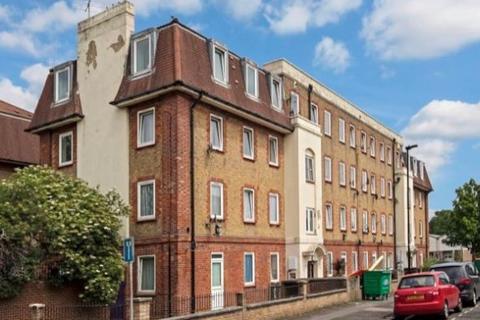 4 bedroom flat to rent - Milner Road, West Ham, London, E15