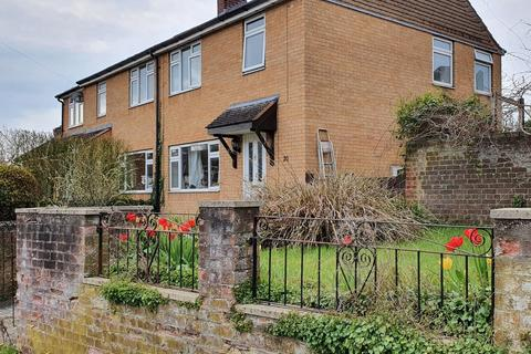 3 bedroom detached house to rent - Meadow View Road, Kennington