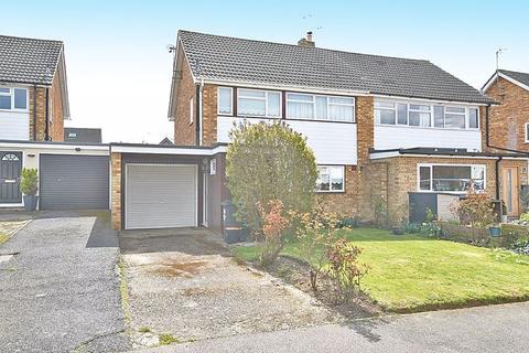 3 bedroom semi-detached house to rent - Brooklands Road, Headcorn