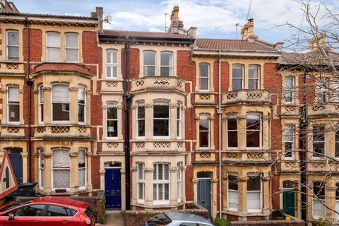3 bedroom terraced house for sale - Granby Hill, Clifton