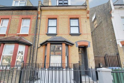 2 bedroom flat to rent - Verulam Avenue, Walthamstow, London