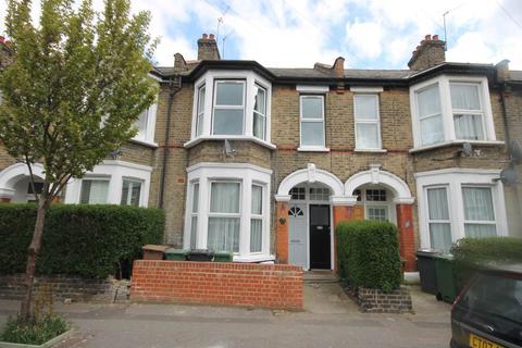 3 bedroom flat to rent - Brunswick Road, Leyton, London