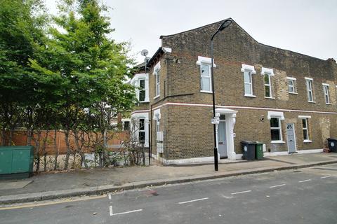 1 bedroom flat to rent - Bulwer Court, Leytonstone