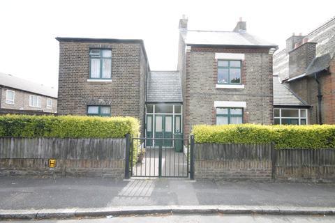 4 bedroom terraced house to rent - Vestry Road