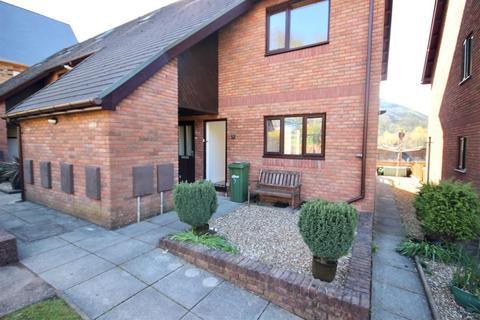 1 bedroom flat for sale - Cae Gorlan Court, Abercarn, Newport
