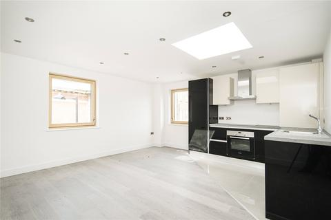 2 bedroom apartment to rent - Paragon Road, London, E9