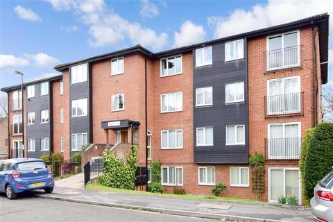 1 bedroom ground floor flat for sale - Reedham Drive, Purley, Surrey