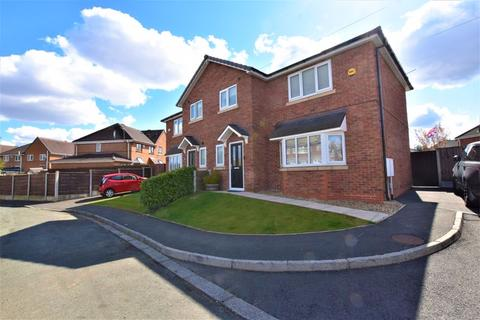 3 bedroom semi-detached house for sale - Boscombe Avenue, Eccles
