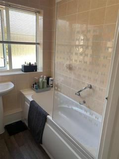 2 bedroom flat to rent - Brassey Road, Bexhill-On-Sea