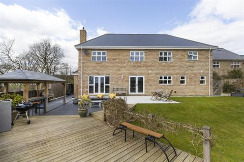 5 bedroom detached house for sale - Marchcroft, Halifax, HX2 7NX