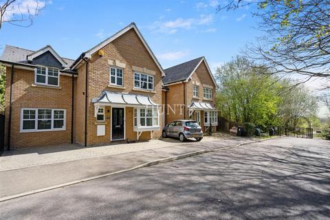 3 bedroom semi-detached house for sale - Hazel Lane,  The Avenue, Repton Park