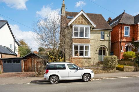 5 bedroom detached house for sale - Deerings Road, Reigate, Surrey, RH2