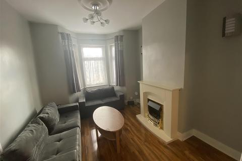 3 bedroom terraced house to rent - Monmouth Road, London