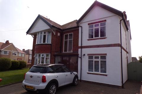 4 bedroom detached house for sale - Elm Grove, Rhyl
