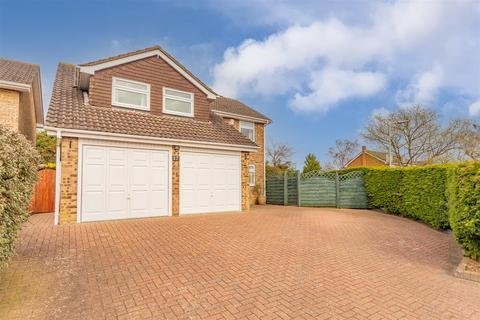 4 bedroom detached house for sale - Tay Close, Oakham, Rutland