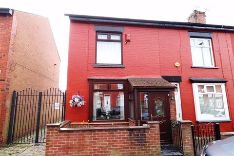 3 bedroom end of terrace house for sale - Watts Street, Manchester