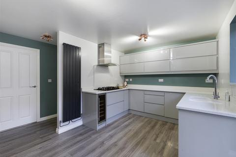 3 bedroom semi-detached house for sale - Bowes Gardens, Springwell, NE9