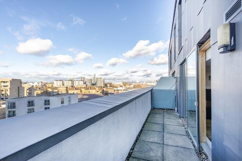 2 bedroom flat to rent - Hardwicks Square, SW18