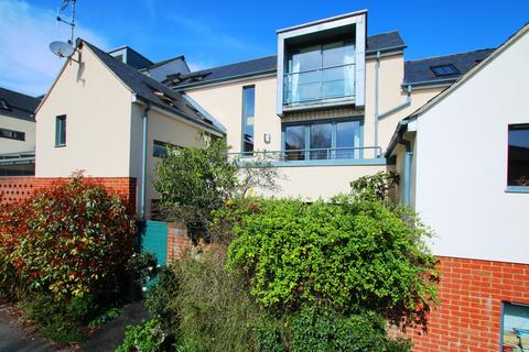 3 bedroom house for sale - Central Winchester