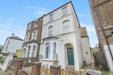 3 bedroom flat for sale - York Road, Acton