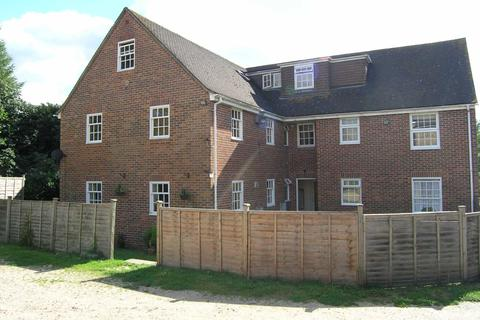 2 bedroom flat to rent - The Laurels, Hungerford