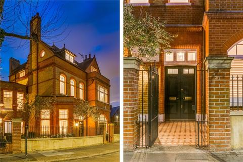 6 bedroom detached house for sale - Old Park Avenue, SW12