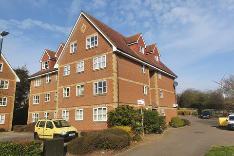 2 bedroom flat to rent - Canada Road, Kent, DA8