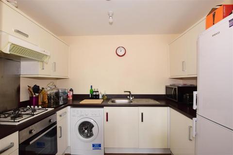2 bedroom apartment for sale - Butts Mead, Littlehampton, West Sussex