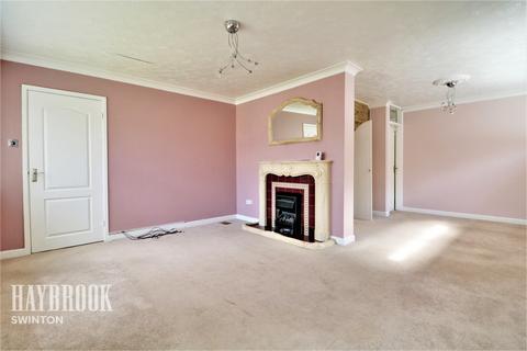 2 bedroom detached bungalow for sale - Lime Grove, Swinton