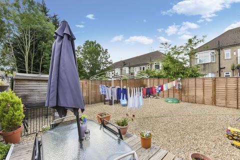 2 bedroom flat for sale - Beechwood Avenue, Ruislip, HA4